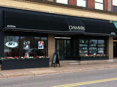 Damaris-awning.jpg